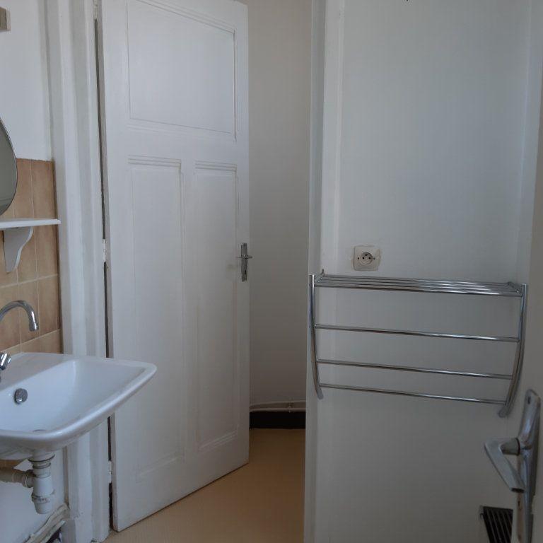 Appartement à louer 1 24.71m2 à Évreux vignette-6