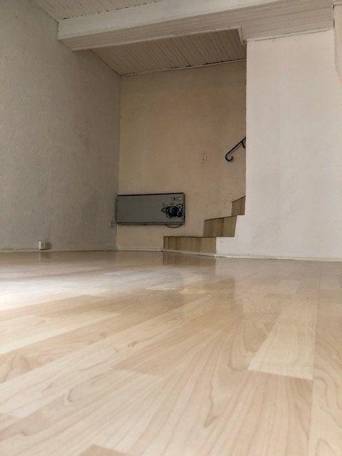 Maison à vendre 3 43.39m2 à Castelnau-de-Guers vignette-2