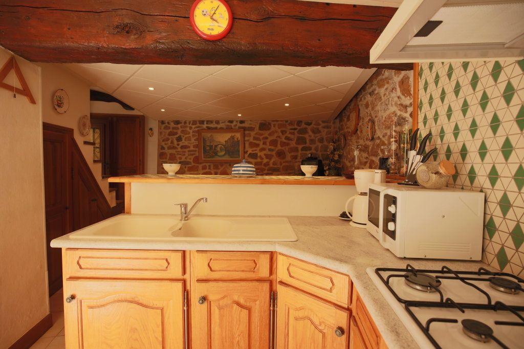 Maison à vendre 3 57m2 à Gabian vignette-6