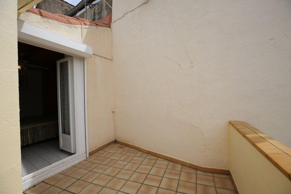 Maison à vendre 3 57m2 à Gabian vignette-13