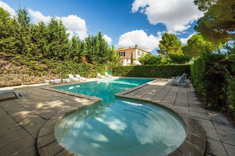 Maison à vendre 3 118m2 à Alignan-du-Vent vignette-9
