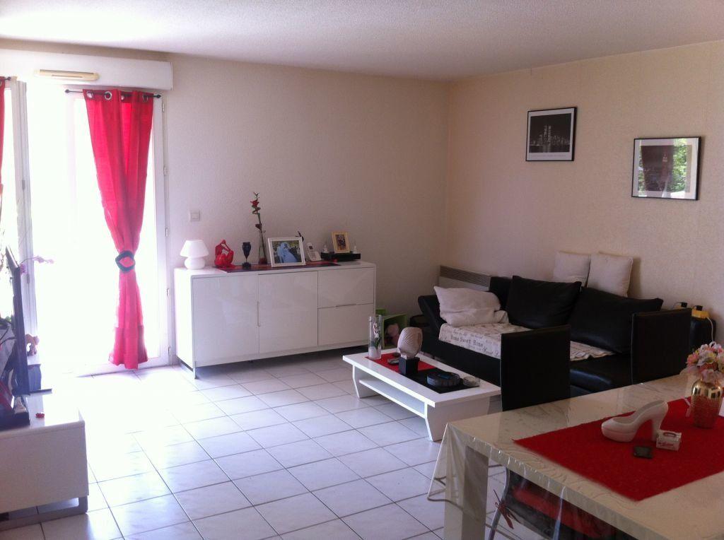 Appartement à vendre 4 79.9m2 à Miramas vignette-1