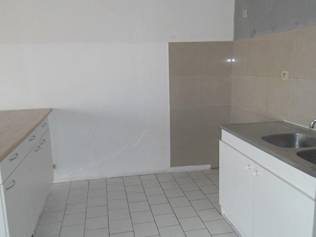 Appartement à louer 1 54.42m2 à Miramas vignette-5