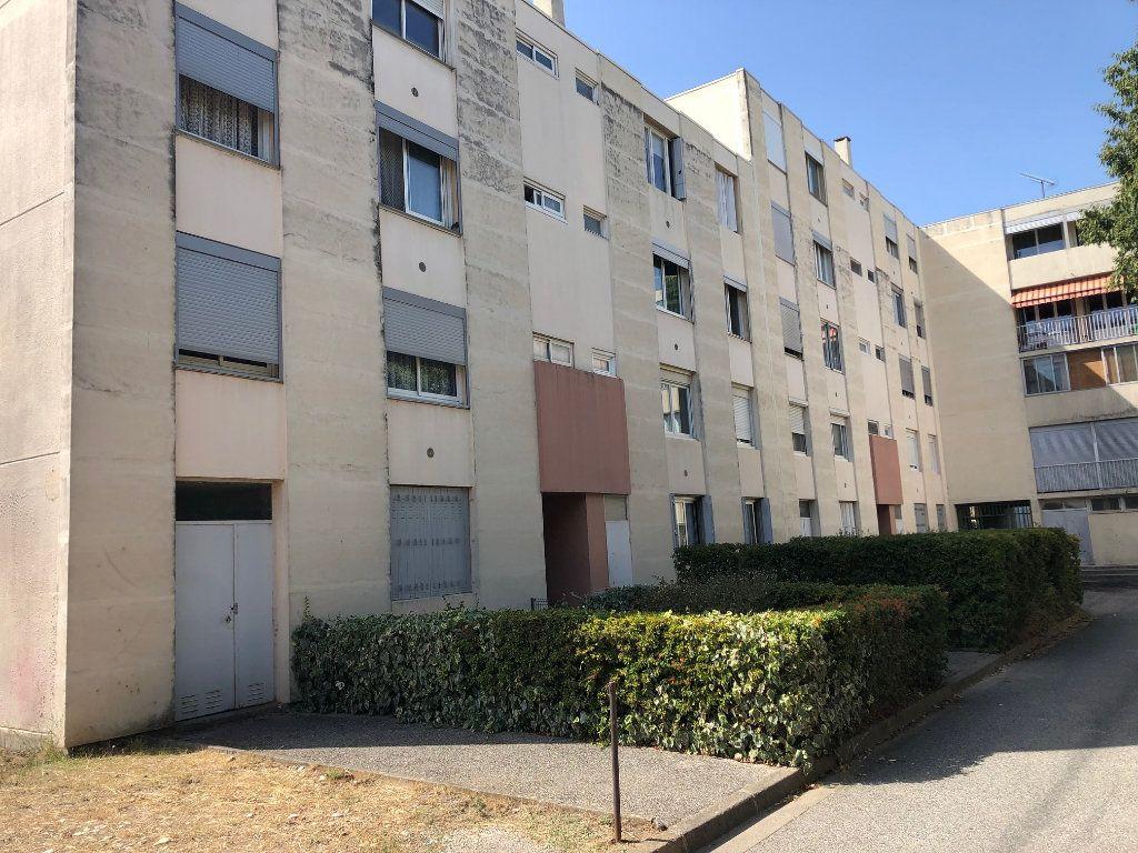 Appartement à vendre 4 65m2 à Miramas vignette-1
