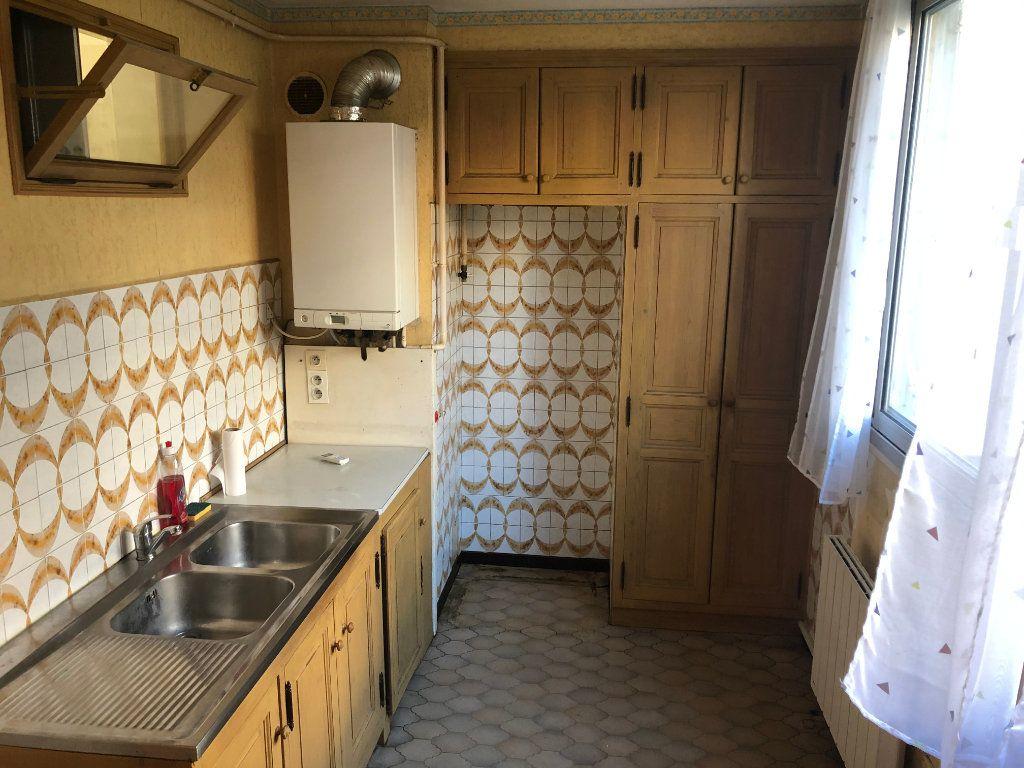 Appartement à vendre 4 65m2 à Miramas vignette-3