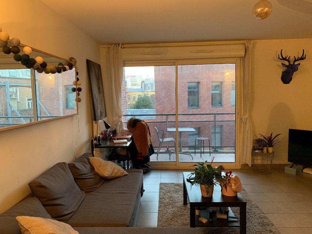Appartement à louer 2 44.92m2 à Lille vignette-1