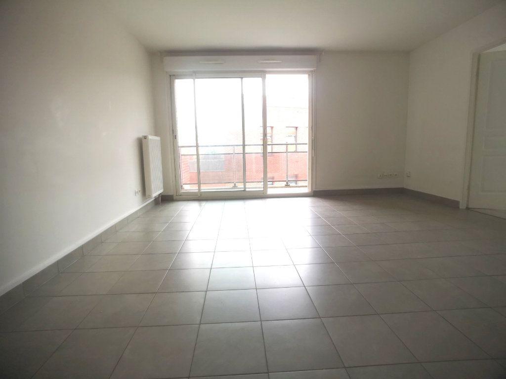 Appartement à louer 2 44.92m2 à Lille vignette-2