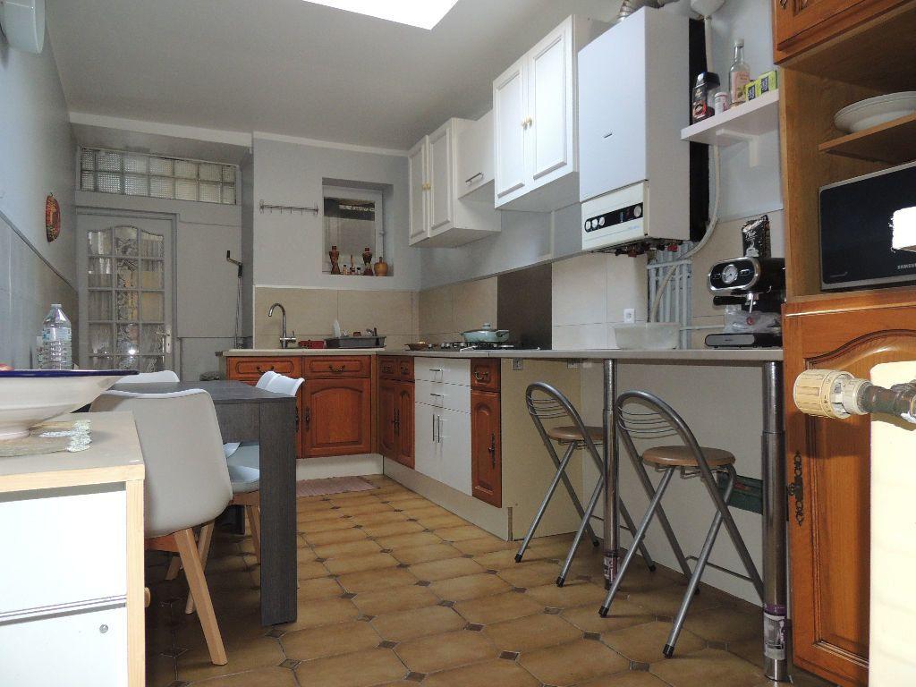 Maison à vendre 11 170m2 à Tourcoing vignette-2