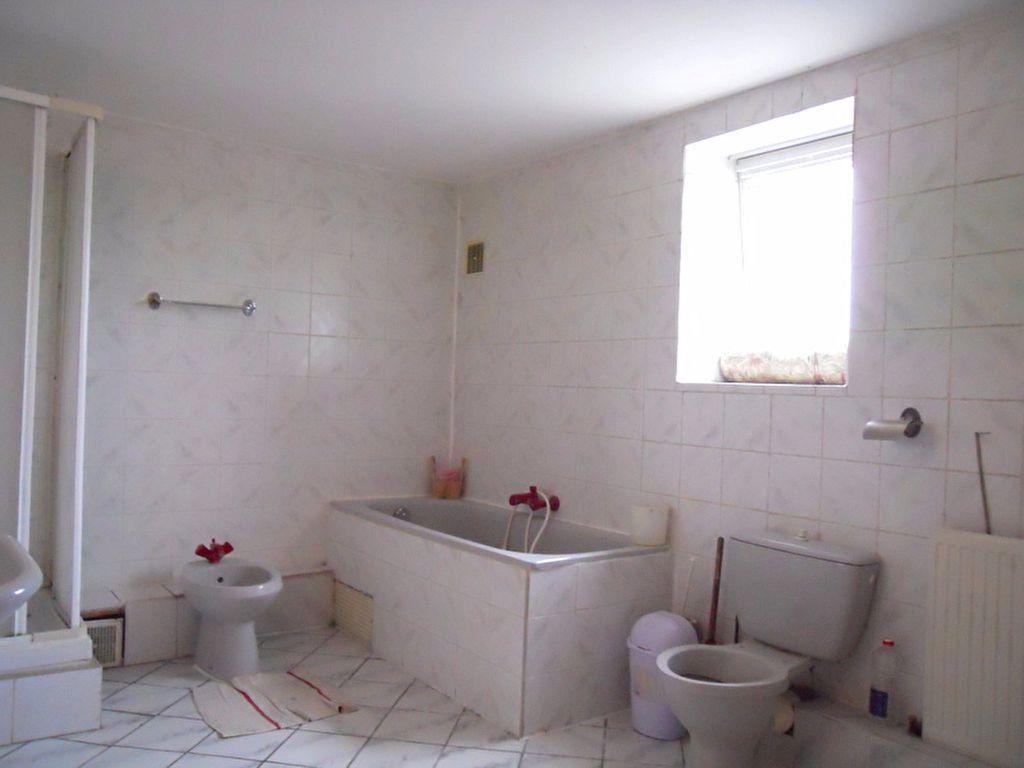 Maison à vendre 11 170m2 à Tourcoing vignette-12