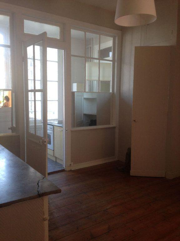 Appartement à louer 3 80m2 à Lille vignette-2