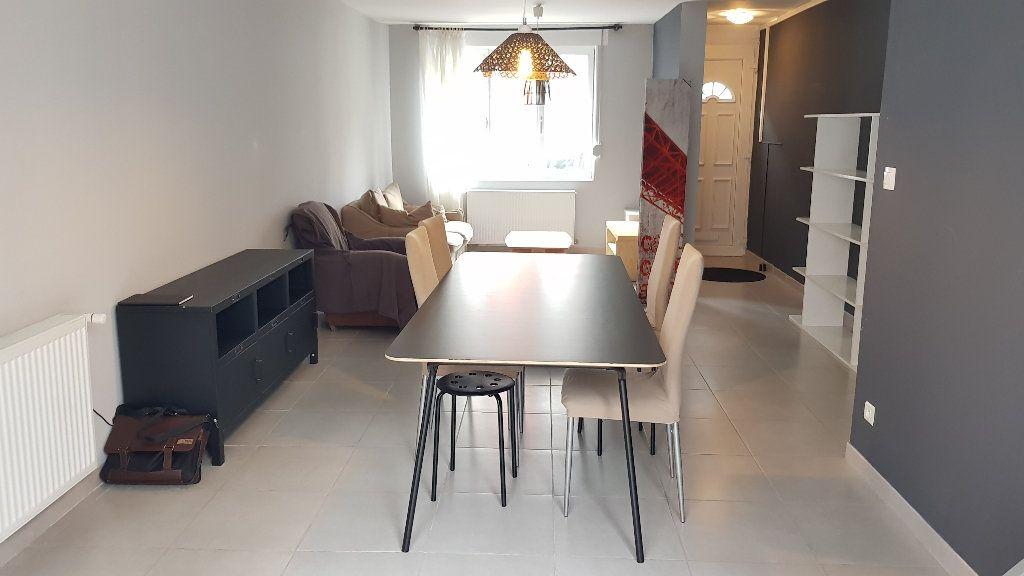 Maison à louer 5 102.98m2 à Tourcoing vignette-1