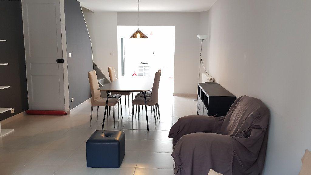 Maison à louer 5 102.98m2 à Tourcoing vignette-2