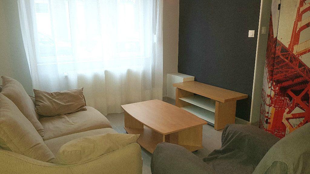 Maison à louer 5 102.98m2 à Tourcoing vignette-4