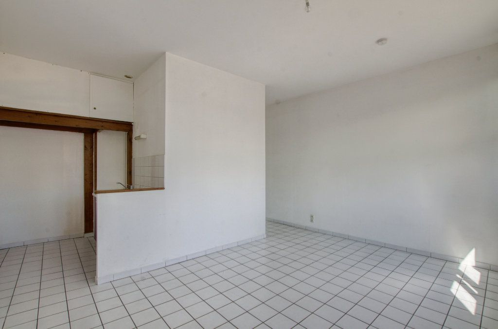 Appartement à vendre 2 37.18m2 à Lille vignette-4