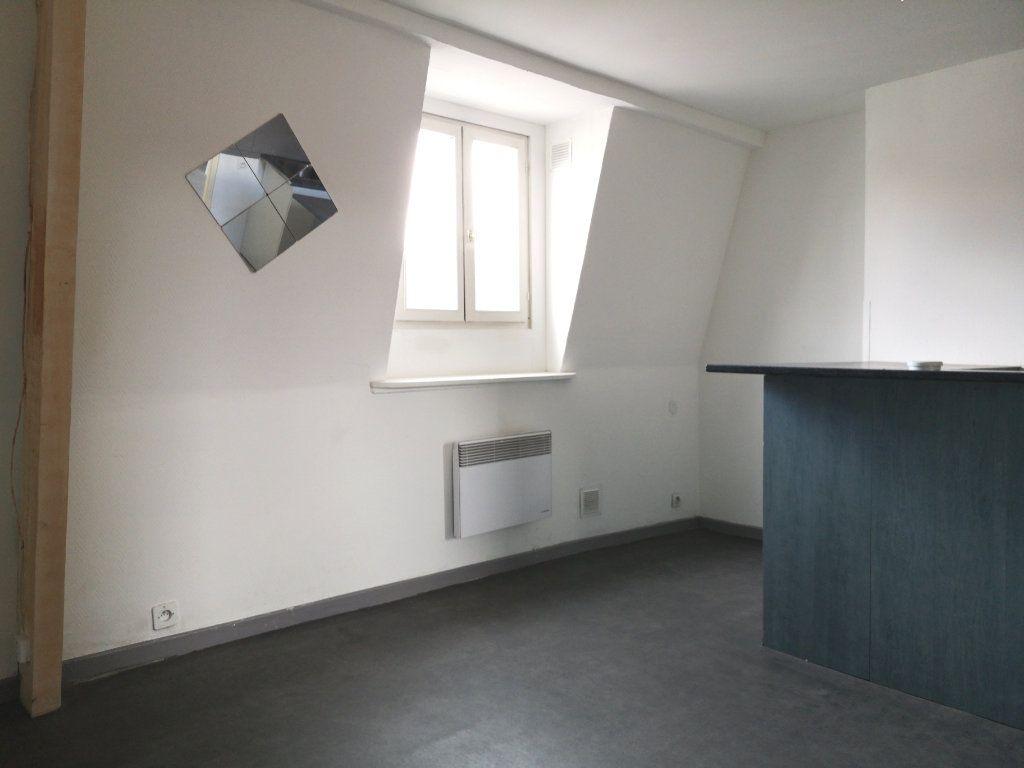 Appartement à louer 3 39.89m2 à Lille vignette-5