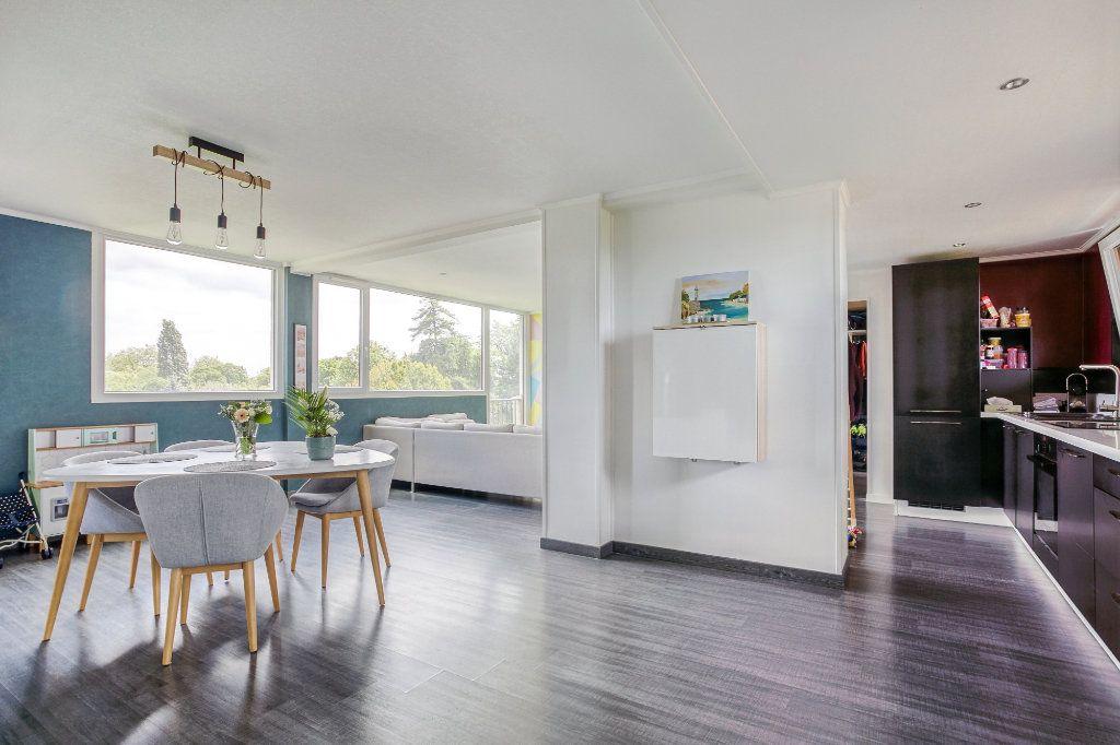 Appartement à vendre 5 106.92m2 à Tourcoing vignette-1