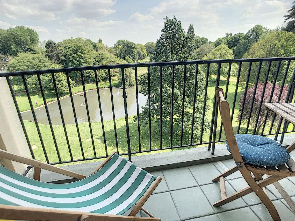 Appartement à vendre 5 106.92m2 à Tourcoing vignette-4