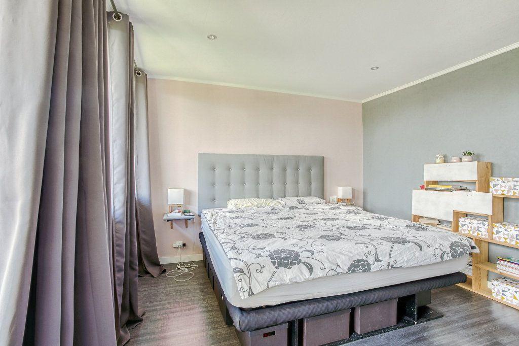 Appartement à vendre 5 106.92m2 à Tourcoing vignette-8
