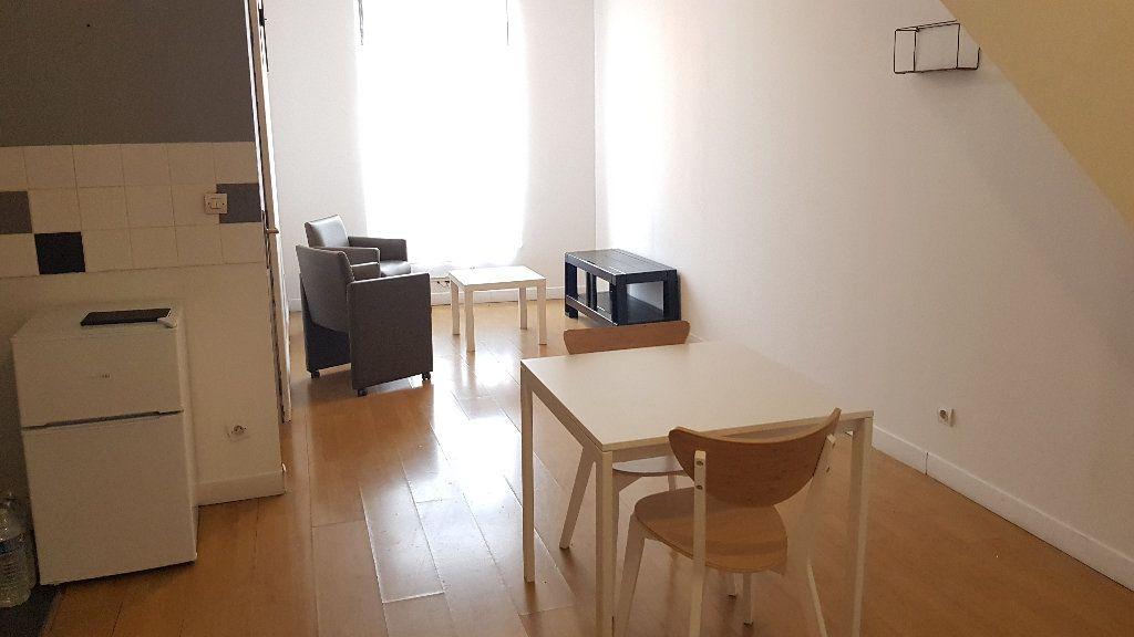 Appartement à louer 2 40m2 à Tourcoing vignette-2