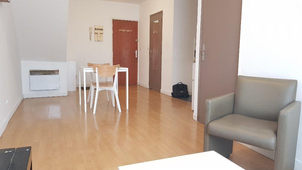Appartement à louer 2 40m2 à Tourcoing vignette-3