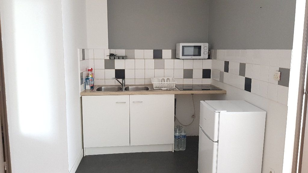 Appartement à louer 2 40m2 à Tourcoing vignette-4