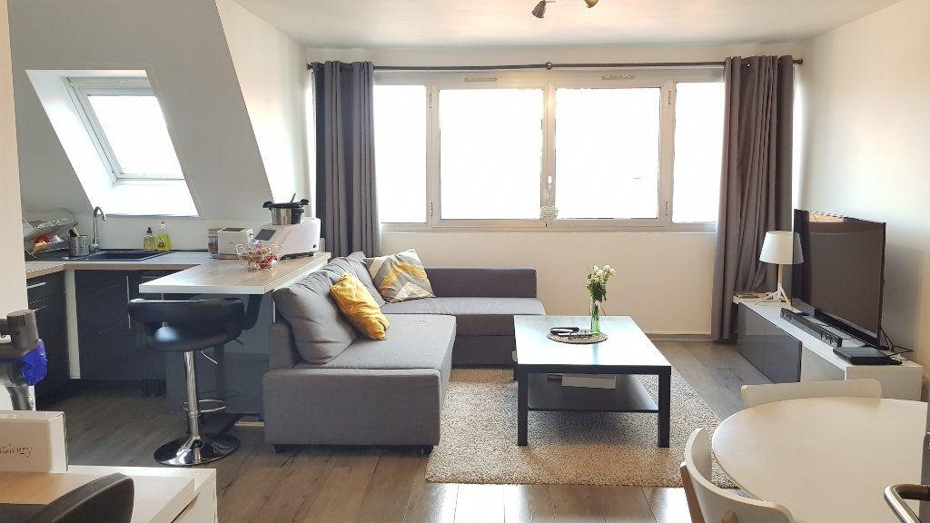 Appartement à louer 2 48.08m2 à Tourcoing vignette-2