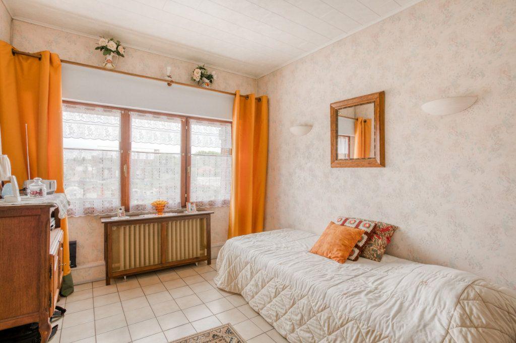 Maison à vendre 4 107.65m2 à Tourcoing vignette-9