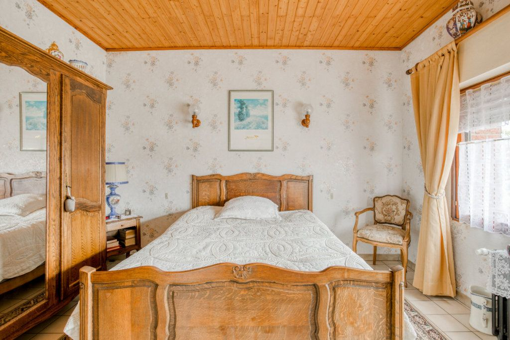 Maison à vendre 4 107.65m2 à Tourcoing vignette-10