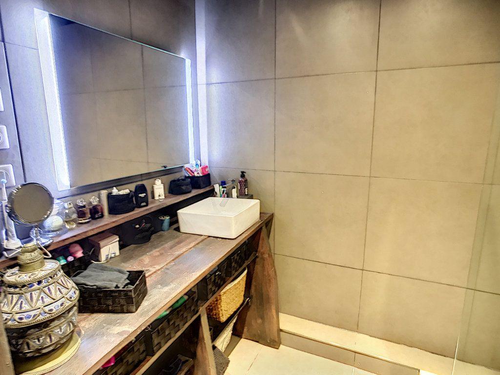 Appartement à vendre 4 90.59m2 à Lambersart vignette-7