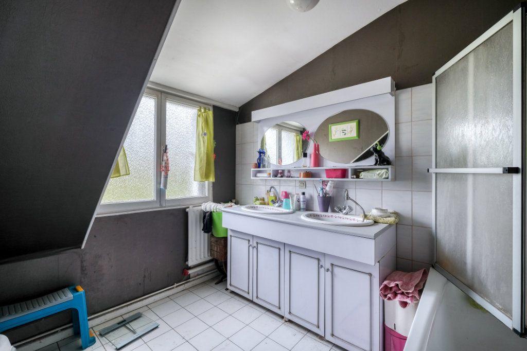 Maison à vendre 4 100m2 à Tourcoing vignette-11