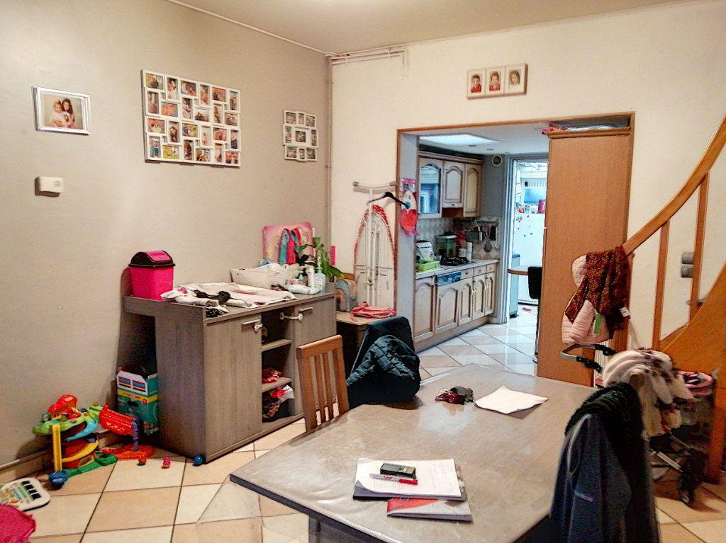 Maison à vendre 5 94m2 à Tourcoing vignette-4