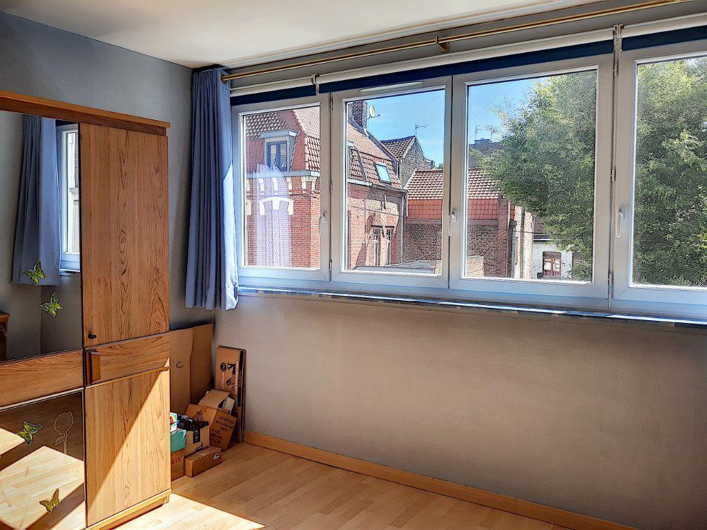 Appartement à vendre 4 86.03m2 à Tourcoing vignette-5