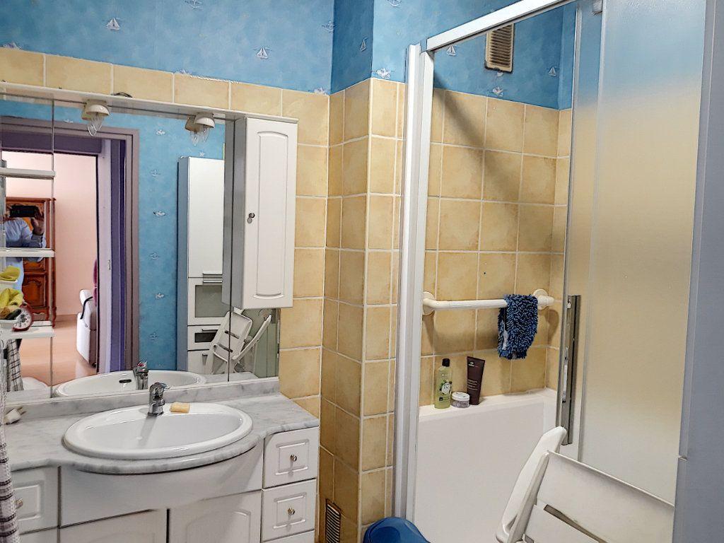 Appartement à vendre 4 86.03m2 à Tourcoing vignette-7