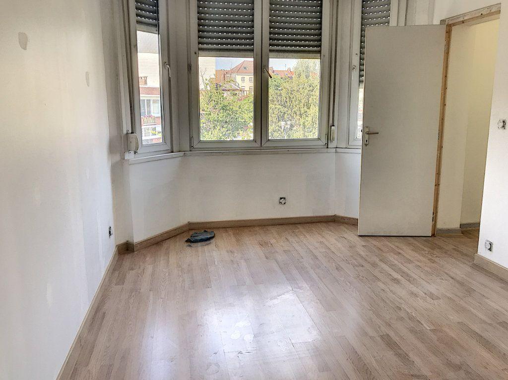 Maison à vendre 3 85.9m2 à Tourcoing vignette-2
