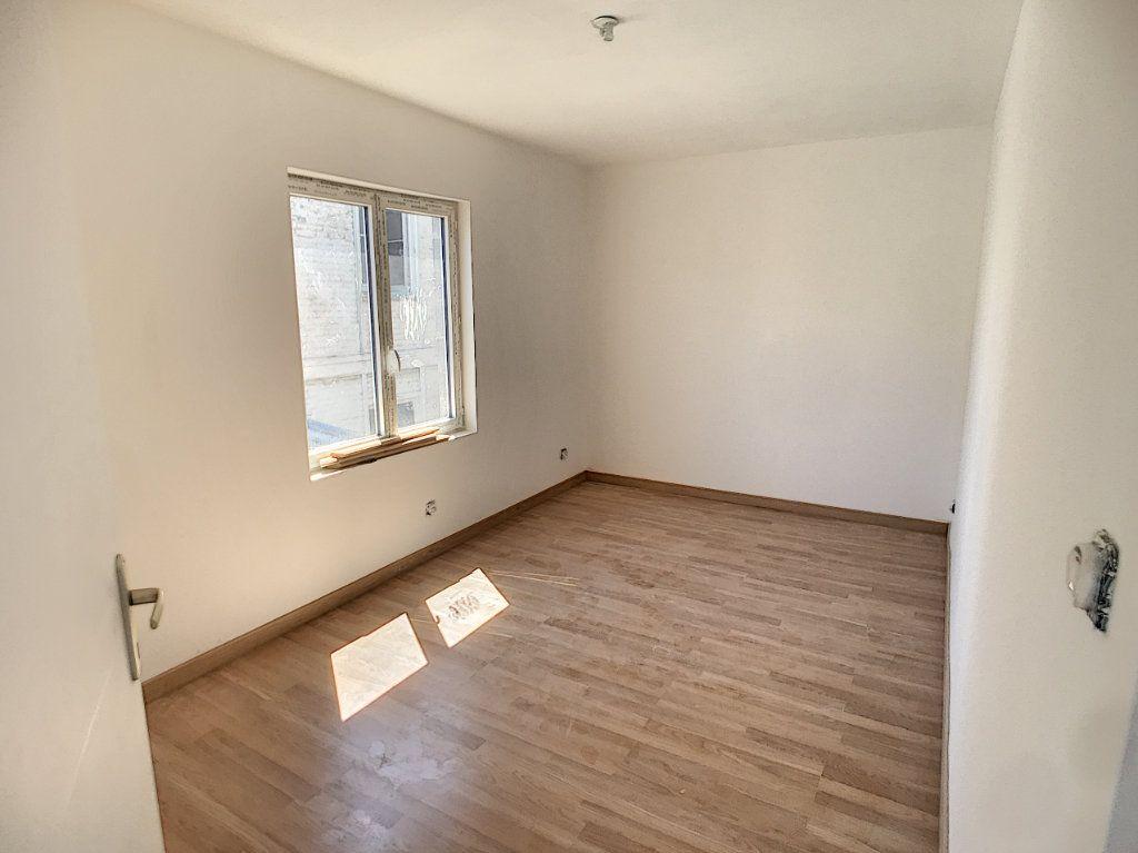 Maison à vendre 3 85.9m2 à Tourcoing vignette-7