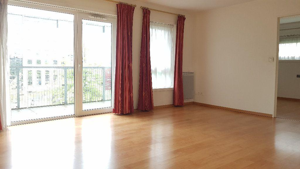 Appartement à louer 2 46.45m2 à Roubaix vignette-1