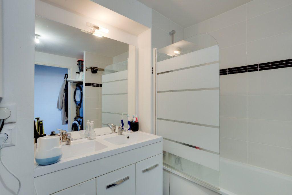 Appartement à vendre 4 87.82m2 à Tourcoing vignette-8