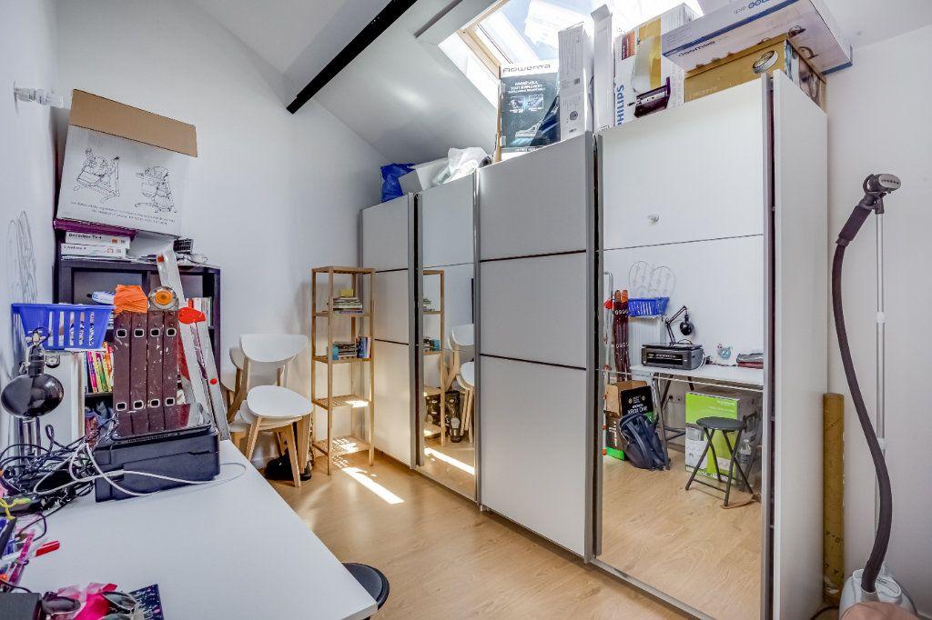 Appartement à vendre 4 87.82m2 à Tourcoing vignette-11
