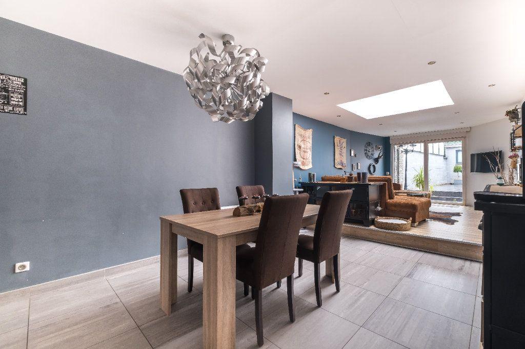 Maison à vendre 4 105m2 à Tourcoing vignette-1