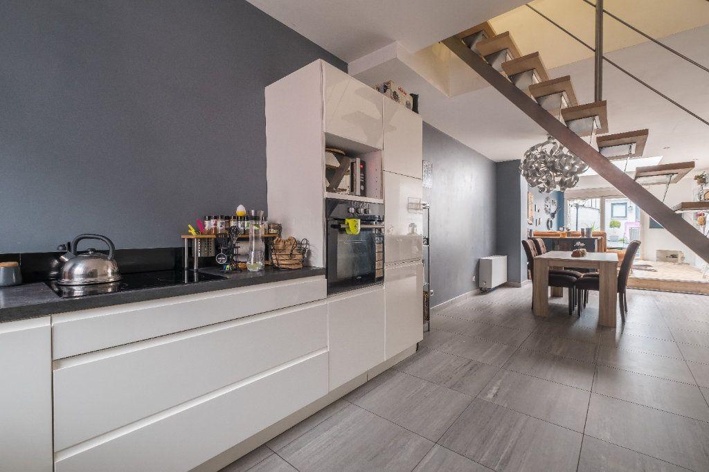 Maison à vendre 4 105m2 à Tourcoing vignette-2