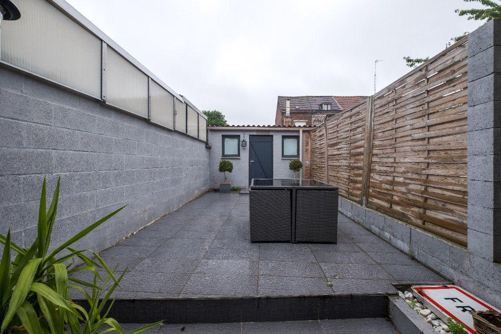 Maison à vendre 4 105m2 à Tourcoing vignette-3