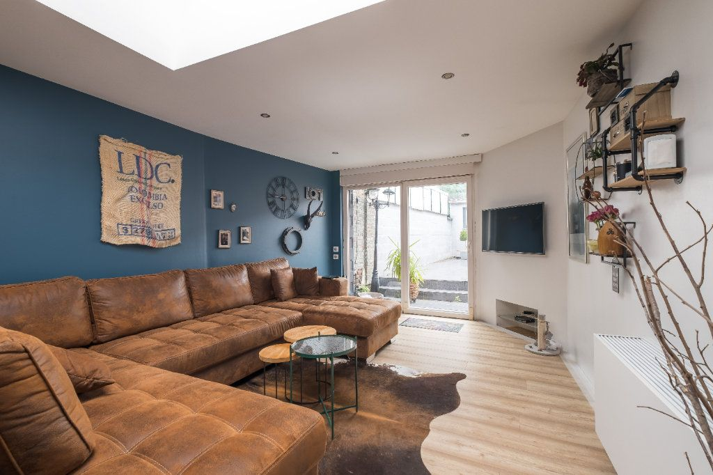 Maison à vendre 4 105m2 à Tourcoing vignette-5