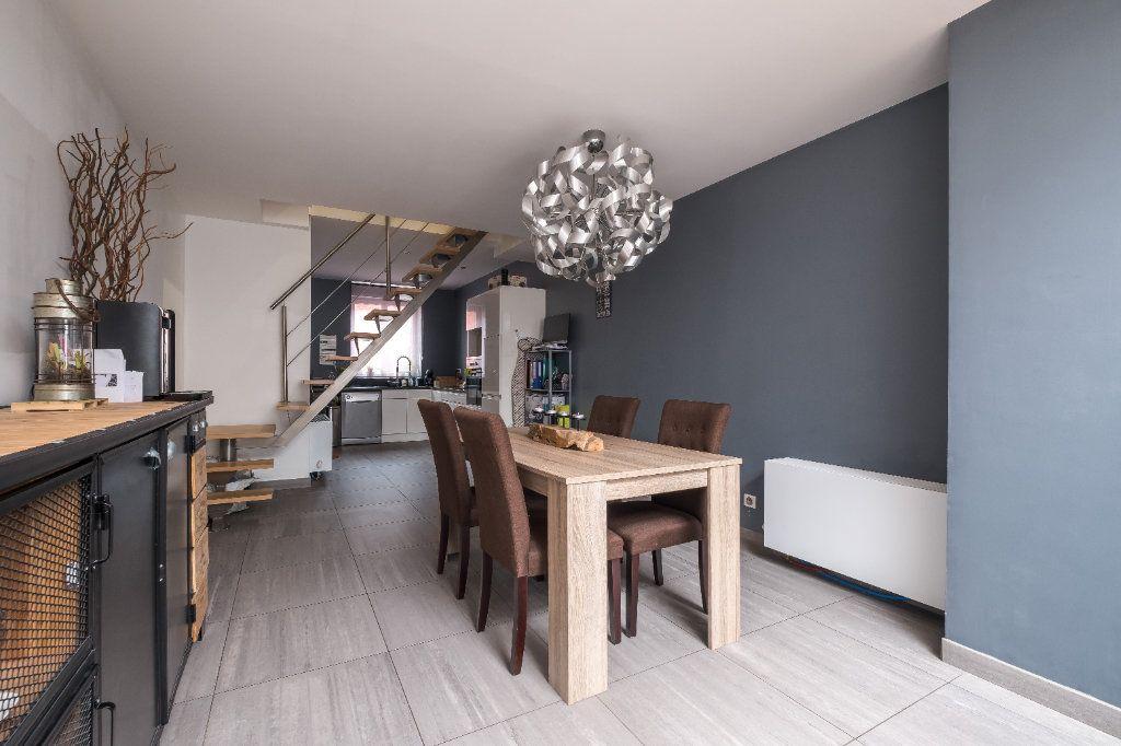 Maison à vendre 4 105m2 à Tourcoing vignette-6