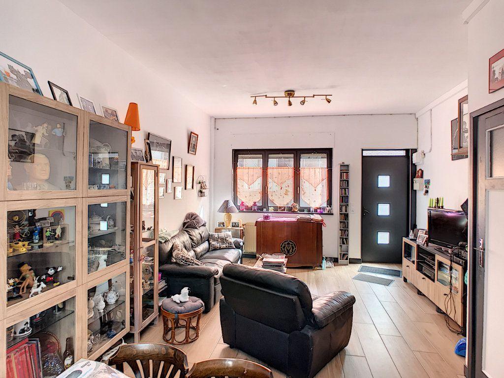 Maison à vendre 6 143.95m2 à Lille vignette-3