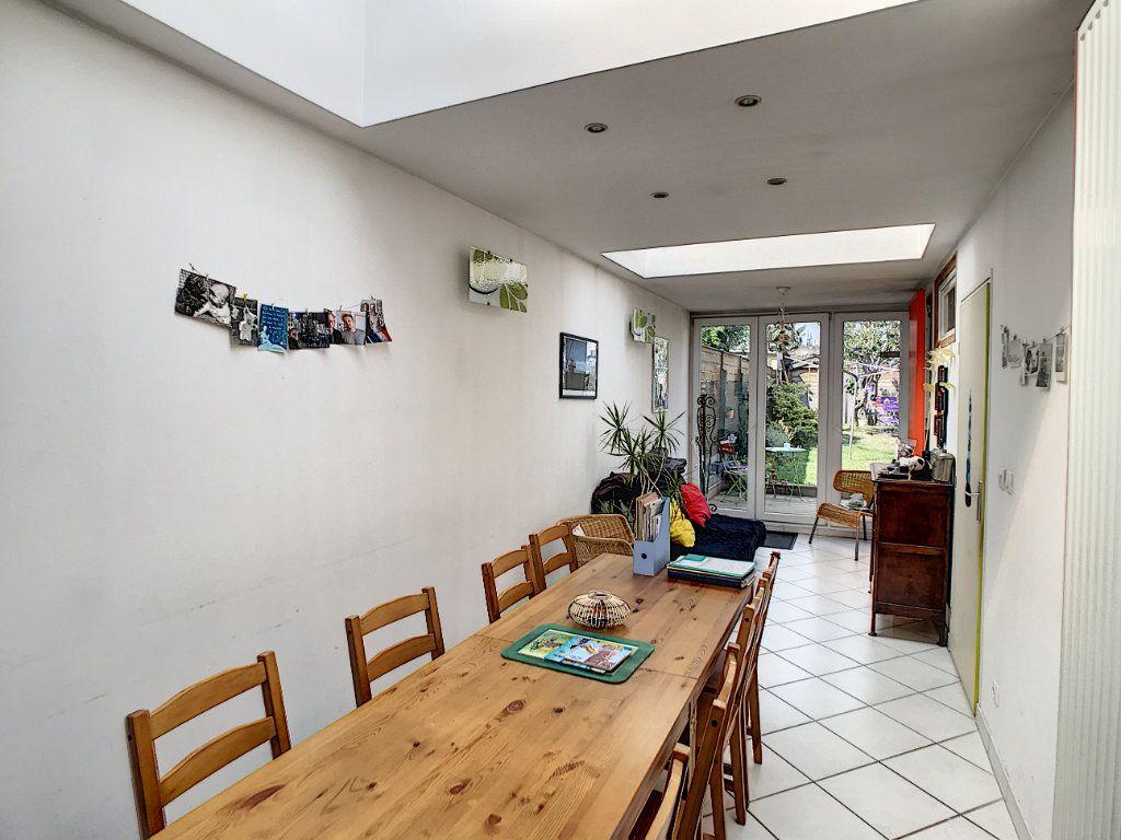 Maison à vendre 6 143.95m2 à Lille vignette-4