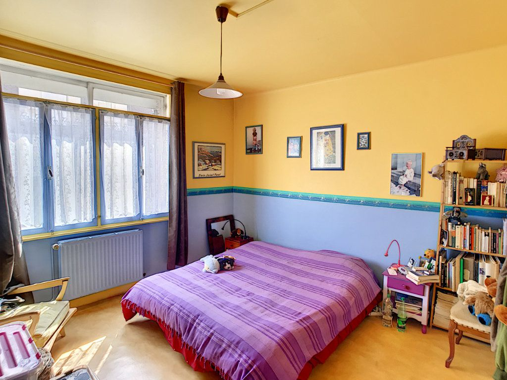 Maison à vendre 6 143.95m2 à Lille vignette-8