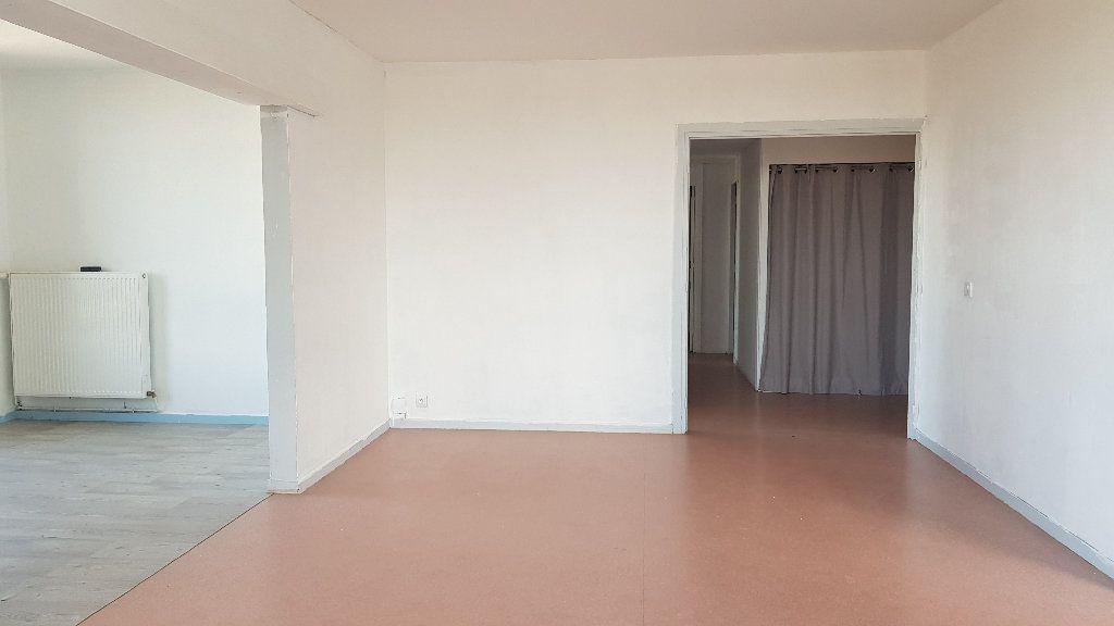 Appartement à louer 4 82m2 à Tourcoing vignette-2
