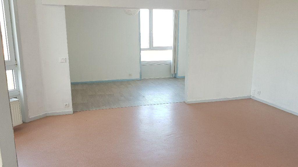 Appartement à louer 4 82m2 à Tourcoing vignette-3