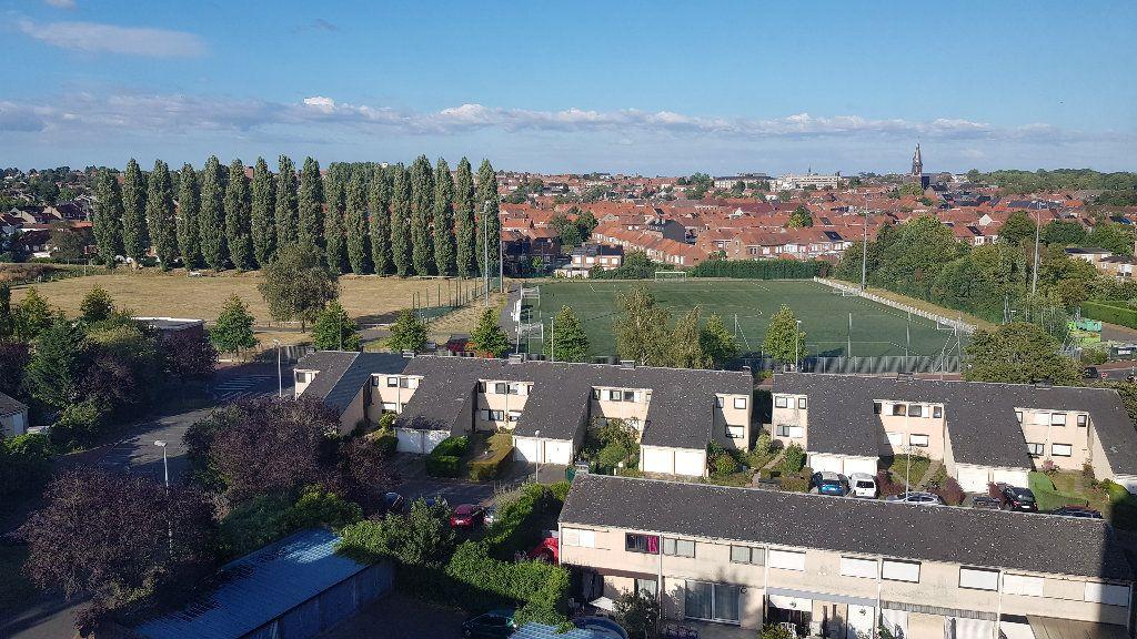 Appartement à louer 4 82m2 à Tourcoing vignette-10