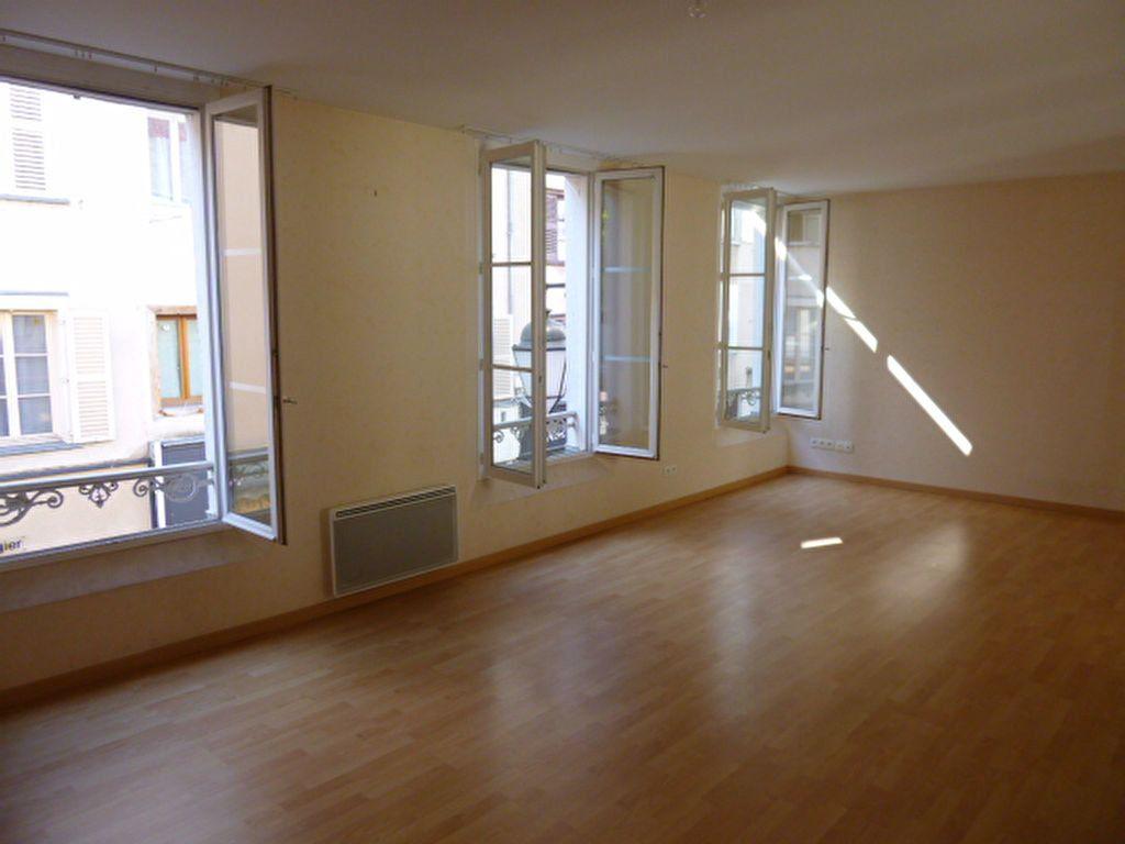 Appartement à louer 3 86.01m2 à Limoges vignette-1